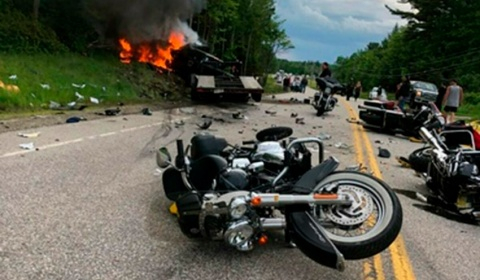 6/21/2019 - 7 dead, 3 hurt in NH when a truck crashed into motorcycles